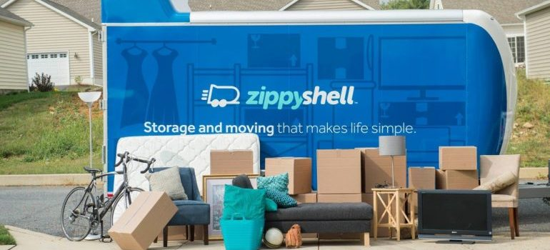 storage units Falls Church VA- moving truck