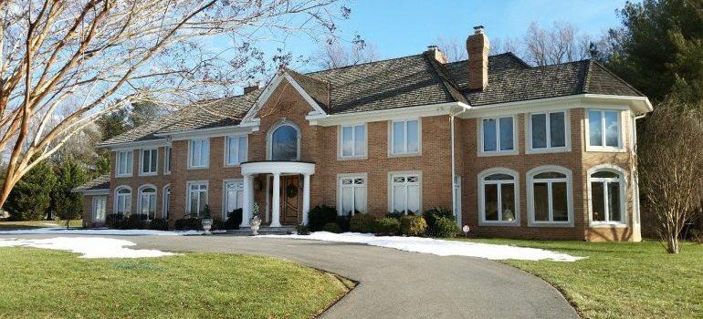 a mansion in Bethseda