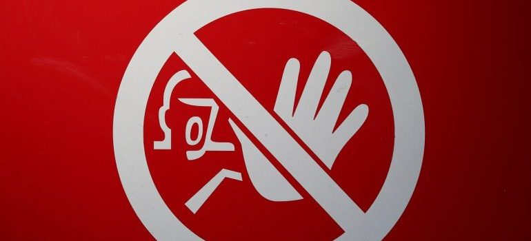 prohivited sign