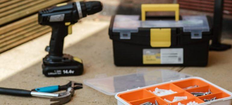 tool kit, drill, hammer, screws