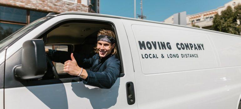 Mover driving a van