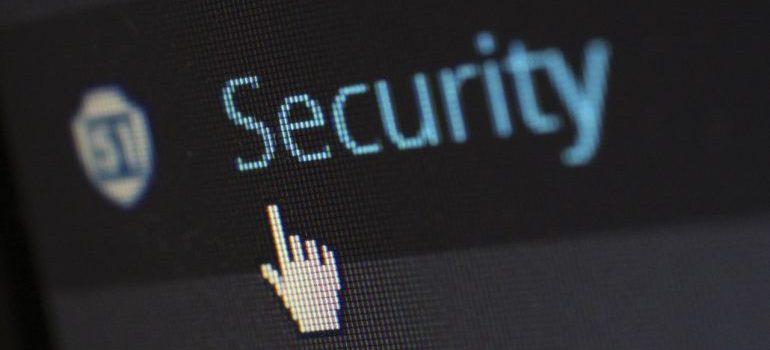 Find secure storage units in Falls Church