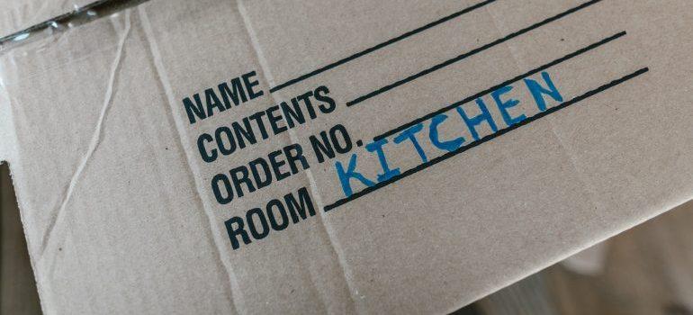 kitchen moving box