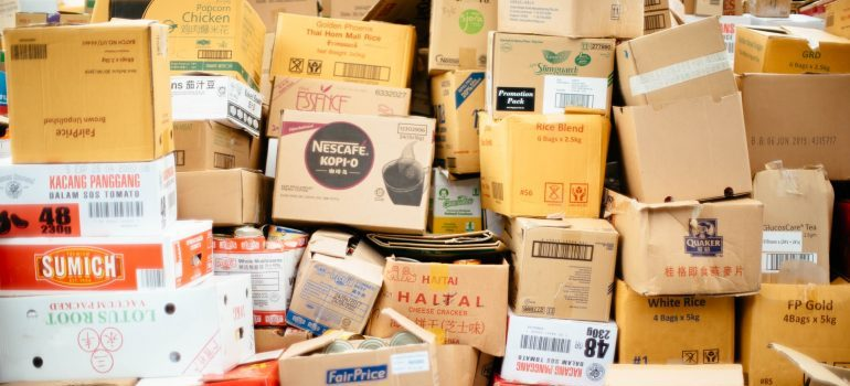 Many boxes storing your items in Washington DC